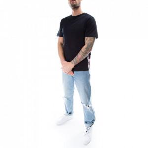 moschino-tshirt-nera-stripe