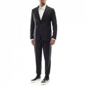 Outfit abito classico grigio