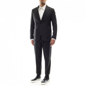 Outfit classic gray suit