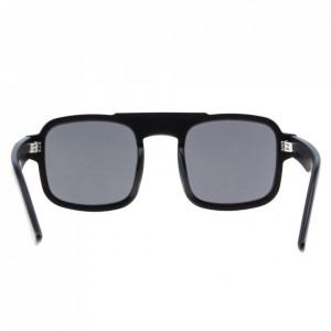 occhiali-da-sole-quadrati-neri-uomo