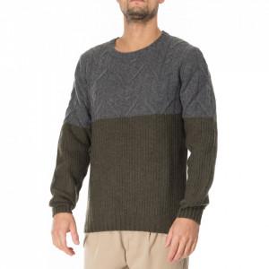 Outfit maglia in lana bicolore