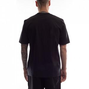 studio-homme-t-shirt-taschino