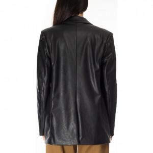 woman-ecoleahter-black-blazer