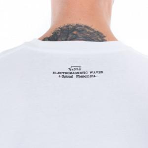 vans-white-t-shirt-man