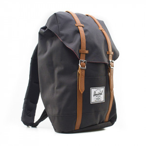 Herschel zaino nero retreat grande