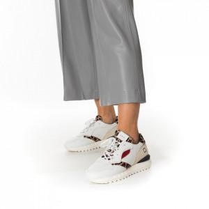 woman-wool-cardigan-grey