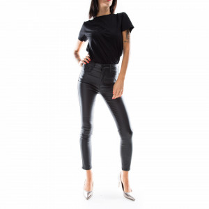 woman-eco-leather-pants