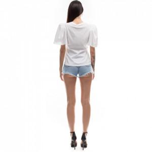 woman-white-t-shirt-large-sleeve