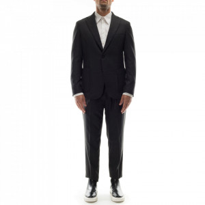 Outfit-abito-classico-grigio-uomo
