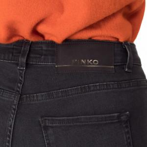 Pinko-jeans-nero-zampa