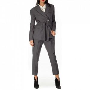 Isabelle Blanche giacca grigia blazer