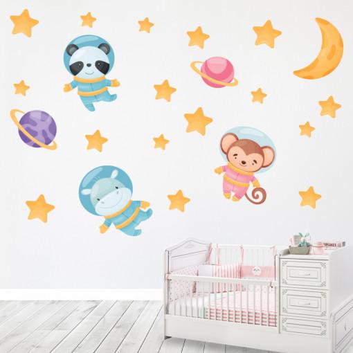 Set stickere decorative perete copii - Animalele astronaut, 60x90 cm