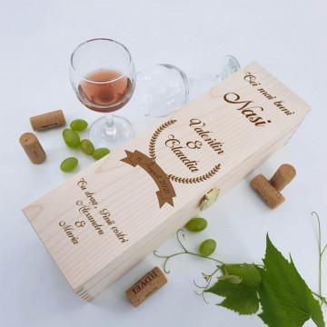 Cutie vin personalizata - Cei mai buni nasi