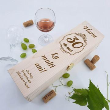 Cutie vin personalizata - Nume, varsta si doua texte