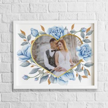 Tablou personalizat cu o poza in forma de inima cu trandafiri