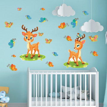 Set stickere decorative perete copii - Caprioarele cu fluturasi 60x90