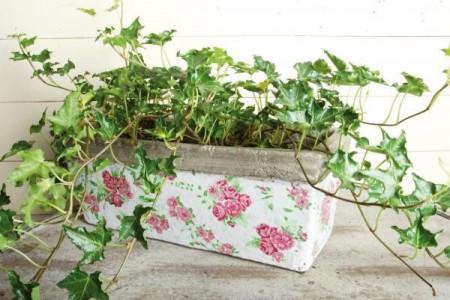 "Jardiniera shabby chic cu trandafiri roz ""Rose"""