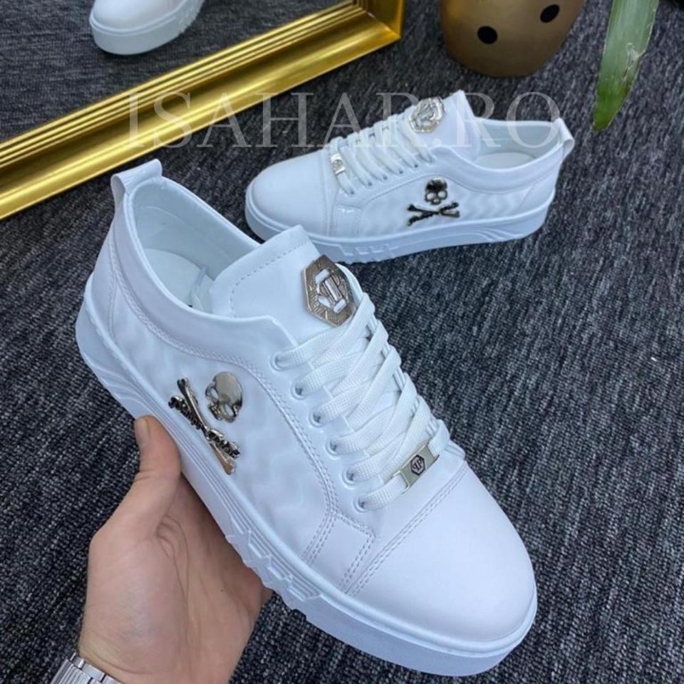 Pantofi sport barbati, albi, cu aplicatii metalice, usori si comozi, ISAHAR