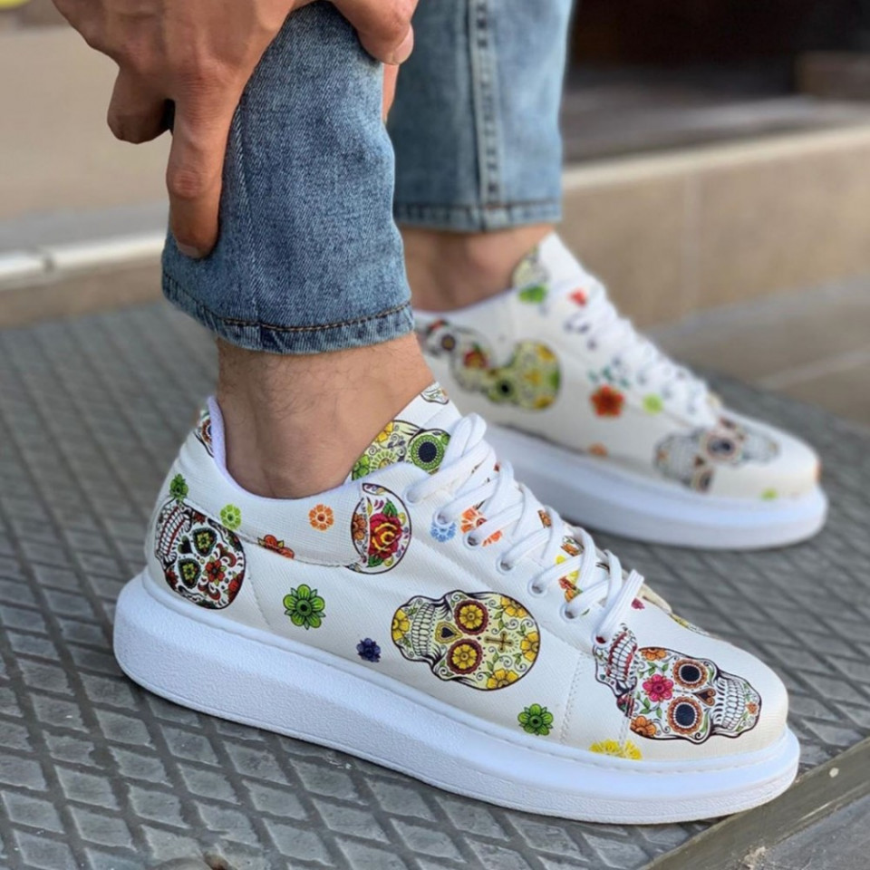 Pantofi sport barbati albi, cu imprimeu schelet, talpa cusuta si usoara