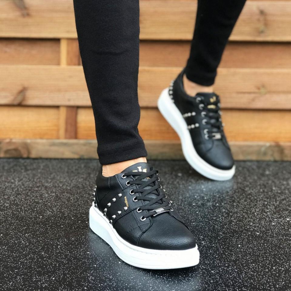 Pantofi sport barbati negri, cu aplicatii metalice, talpa din spuma