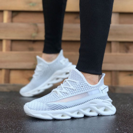 Pantofi sport barbati, albi, cu interior confortabil, confectionati din material textil