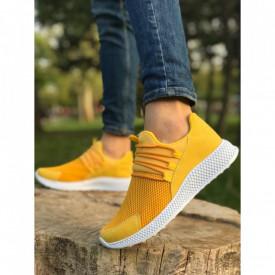 Pantofi sport galbeni, cu talpa flexibila din spuma, foarte usori si comozi