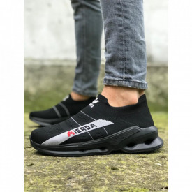 Pantofi sport negri, cu talpa flexibila din spuma, ideali pentru sport
