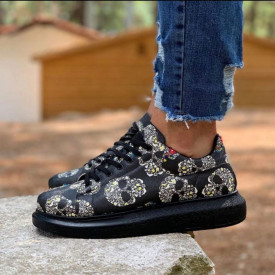 Pantofi sport barbati negri, model casual, cu imprimeu schelet, talpa cusuta si usoara