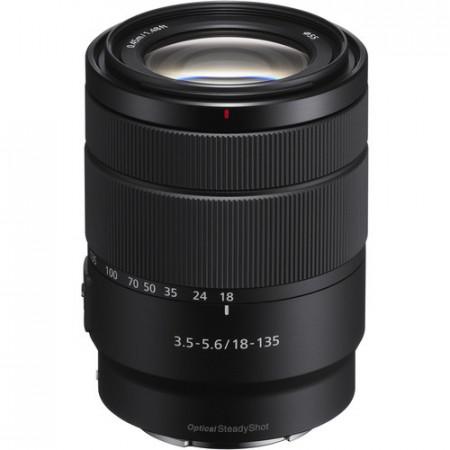 Sony E 18-135mm f/3.5-5.6mm OSS