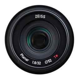 Zeiss Touit 32mm f/1.8 p/ Sony E (APS-C)