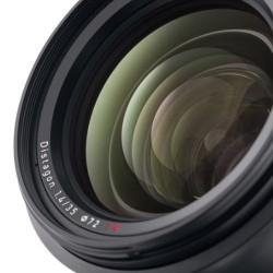 Zeiss Milvus 35mm f/1.4 p/ Nikon F