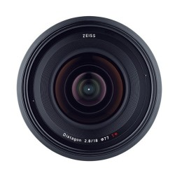 Zeiss Milvus 18mm f/2.8 p/ Canon EF