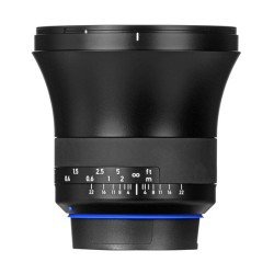 Zeiss Milvus 15mm f/2.8 p/ Canon EF