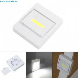 Lampa intrerupator cu baterii magnetic