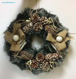 Decoratiune Coronita pin gri mare