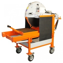Masina de taiat caramida BISONTE KTV 650E, disc 650 mm, lungime taiere 500 mm