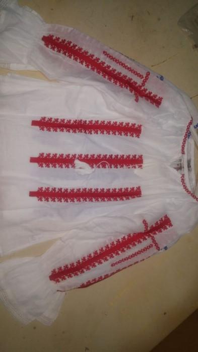 Bluza traditionala de dama, cu broderie cusuta, engros