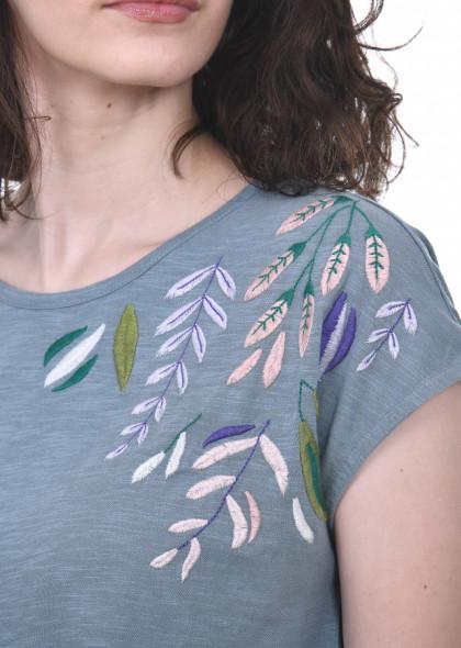 Tricou dama, din bumbac, cu broderie colorata