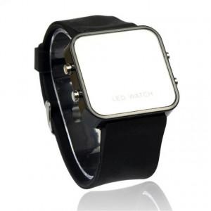 Часовник LED M008-V3-черен
