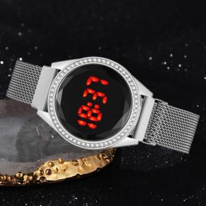 Дамски часовник Fashion Touch Screen Digital, Магнитна верижка, Swarovski elements, Сребрист, LD090-V1