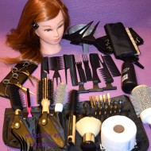 Set kit frizerie coafor Hight quality nivel Avansat cu cap practica SOPHIA PLUS