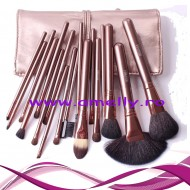 Set 18 pensule machiaj megaga professional par natural
