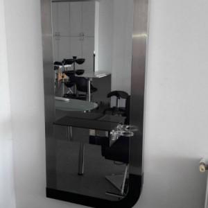 Dotare salon frizerie coafor infrumusetare mobilier saloane TripleRoom