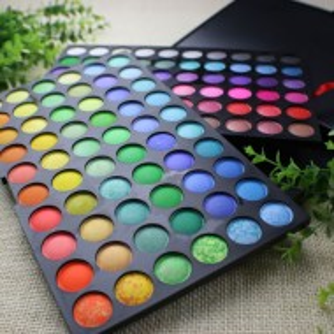 Trusa machiaj 120 culori + 10 pensule kabuki