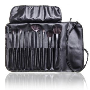 Set machiaj cu geanta make-up + Trusa 120 culori + Concealer + Ruj + Burete ou