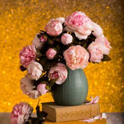 Vrei să înveți să faci astfel de flori?