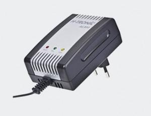 Incarcator pentru acumulatorii cantarului GSM