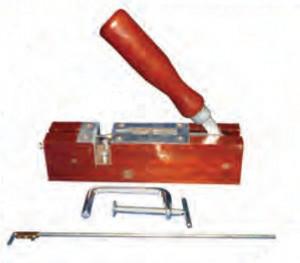 Perforator rame cu 1 ac - corp din lemn