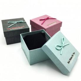 Cutie pentru ceas de mana cu mesaje de felicitare