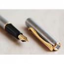 Stilou DIPLOMAT Traveller - Steel Gold - cu penita M, placata cu Aur
